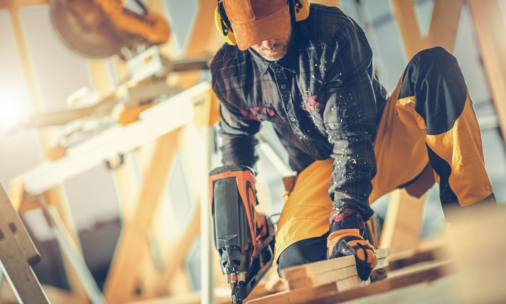 Beginner's Guide To Woodworking Tools